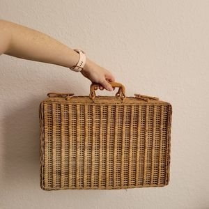 Wicker Picnic Suitcase Basket